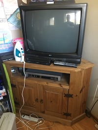 TV, STAND and DVD Player w/Digital TV Tuner - Includes Remotes Rancho Cordova, 95655