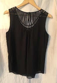 Brand: le Château Women's black sleeveless top Large, not using much Richmond