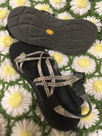 Chacos women's size 10--barely used