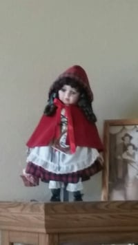 women's red and white traditional dress Stockton, 95209