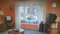 3 panel curtains with rod set. Like new 7ft.. Pickering, L1V 1T4