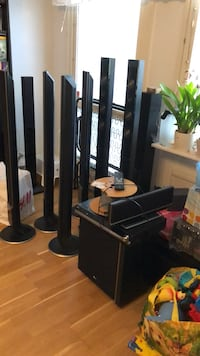 Lg 5 speakers with sub and player with remote  Sundbyberg, 174 49