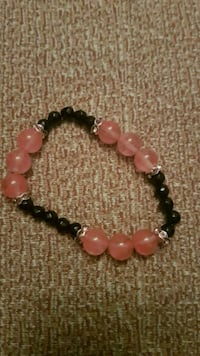 Cherry quartz and black agate bracelet Nordstrand, 0196