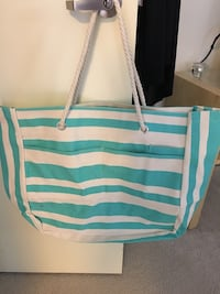 Teal and white tote bag Chicago, 60654