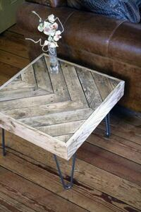 Rustic end table  Rigaud, J0P 1P0