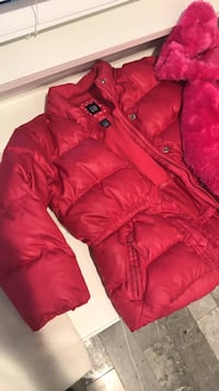 Red zip-up bubble jacket Edinburg, 78539