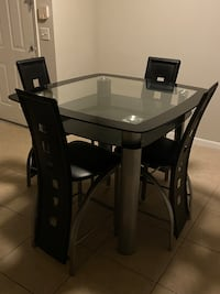 Dinning table set 5 piece