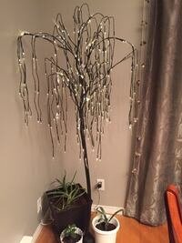Beautiful decorative light tree 6 feet tall fir inside and outside del lights Laval, H7L 5Y7