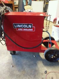 red and black Craftsman air compressor Salinas, 93907