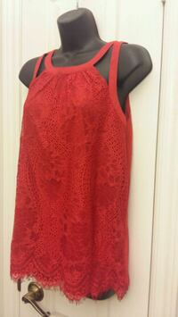 Red top Size L Mississauga, L5N 7R3