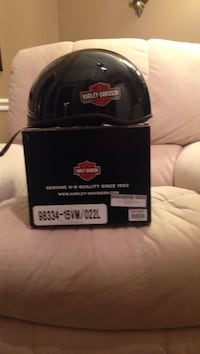 Black Harley-Davidson helmet with box Muscle Shoals, 35661