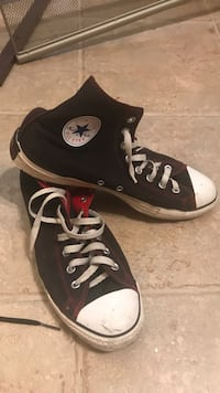 Black and red converse all stars Gainesville, 20155