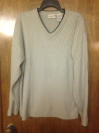 Men sweater Sz. Large