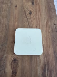Apple airport extreme base station router modem