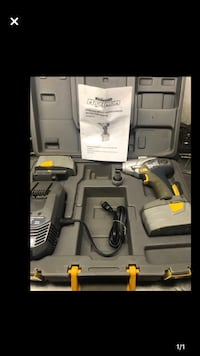 Master craft impact drill with IMPACT WRENCH with 2 batteries Vaughan, L6A 3Y3