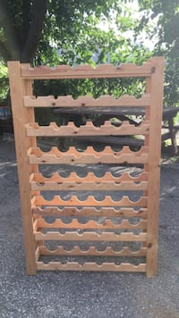 Wood wine rack Toronto, M6M 1C8