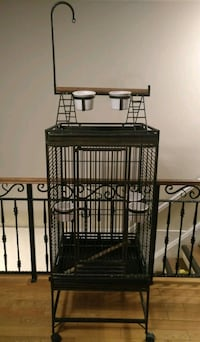 Bird cage with play stand Mississauga, L5G 2S5
