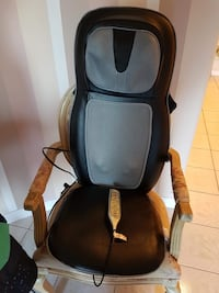 Homedics shiatsu back and shoulder massage seat with heat  Richmond, V7B 1W4