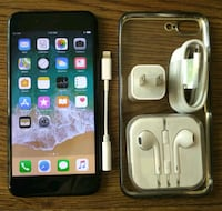 Iphone 7 Plus 32GB UNLOCKED w/ Accessories  Arlington