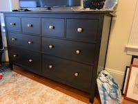 Dresser, 8 drawers Brookline, 02446