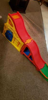 red, yellow, and blue plastic toy slide Siletz, 97380