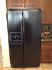 black side-by-side refrigerator with dispenser Phoenix, 85083