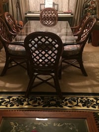 Dining Table and 6 Chairs 2063 mi