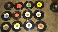Lot of 107 45rpm Records Bowmanstown