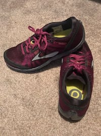 pair of purple-and-black running shoes McDonough, 30252
