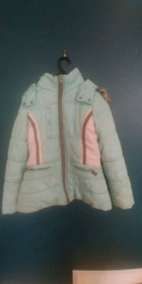 Girls London Fog Winter Coat. Cambridge, N1S 0A5