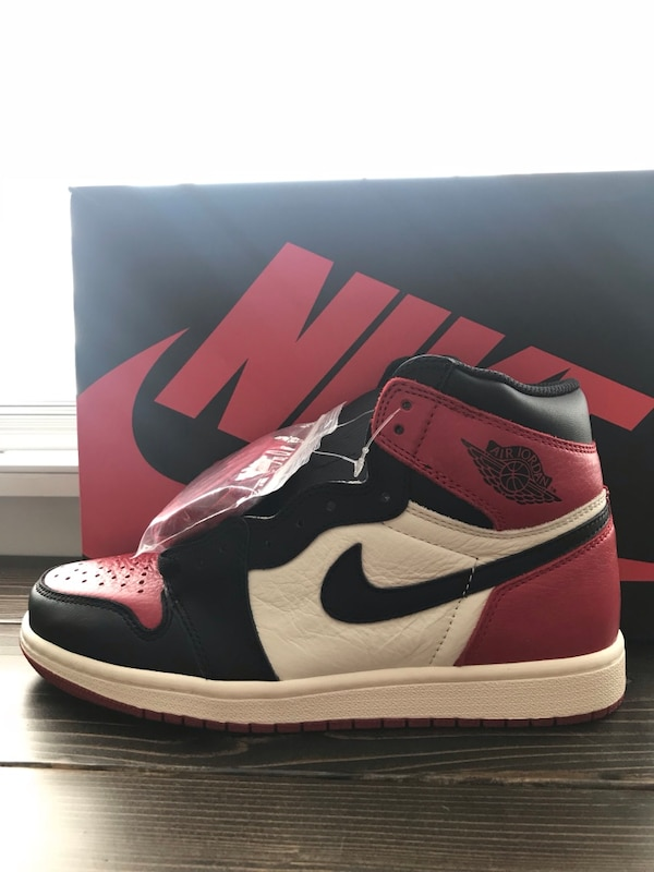 best authentic 02525 65a6b Nike Air Jordan 1 Bred Toe Size 8