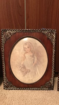 Beautiful Vintage Picture under Oval Beveled glass of little girl with teddy bear  Gainesville, 20155