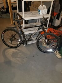 Mountain bike Millis, 02054