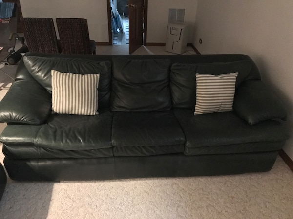 Used Hunter Green Leather 3 Seat Sofa For Sale In Lake Zurich Letgo