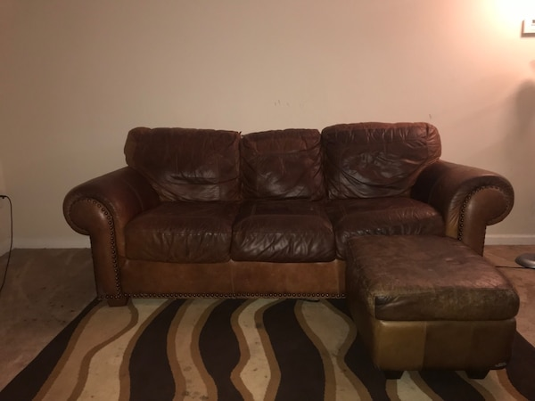 Used Italian Leather Sofa Brown 5 Yrs Old For Sale In Norcross Letgo