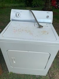 white front load clothes dryer Kenner, 70065