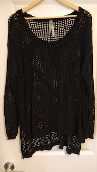 Black holey summer sweater, like new, size 1X Penningtons New Westminster