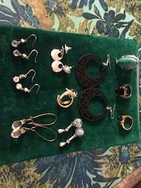 7 earnings and 3 rings ( costume jewelry ) Pitt Meadows, V3Y 2B5