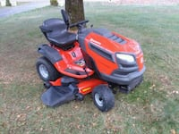 Husqvarna lawn tractor mower Pickerington, 43147