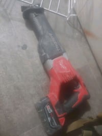Sawzall with big battery and charger