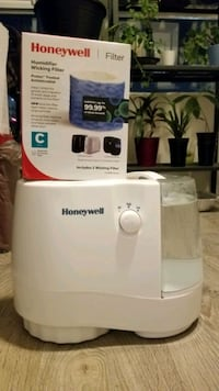 Honeywell Cool Mist Humidifier with Filter Toronto, M4P 0B9
