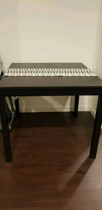 IKEA Bjursta high table & 4 pcs. IKEA Ingolf high chairs
