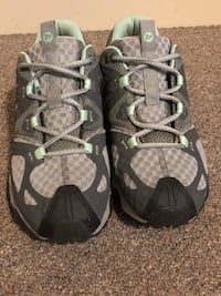 Women's Merrell Hiking/Trail Running Size 9.5 Portland, 04101
