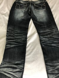 Brand new pair of Jeans  Saint-Eustache, J7P