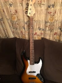 Fender Squier j base  Elkhorn City, 41522