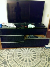 black and brown wooden TV stand Minneapolis, 55437