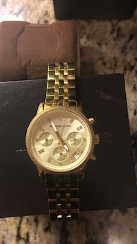 Gold michael kors watch with crystals Toronto, M6B 2E6