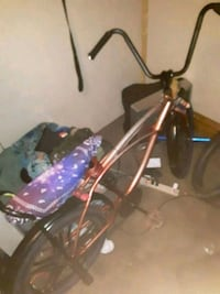 Lowrider bike with lights an remote Terre Haute, 47807