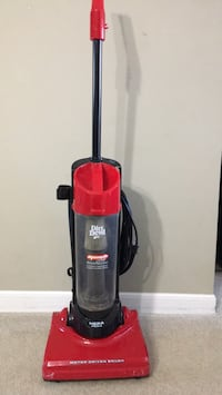 Dirt Devil vacume    cleaner  with washble filter Buffalo Grove, 60089