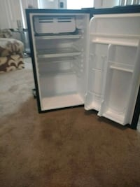 black and white compact refrigerator Hartsville, 29550